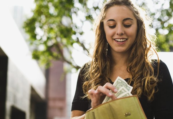college scoops college trips made easy how to make money as a student